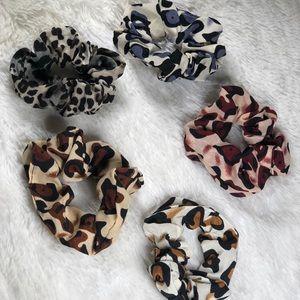 Cheetah Print Scrunchies- 5 pack
